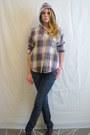 Off-white-vintage-hoodie-blue-hollister-jeans-maroon-vintage-flats