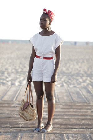 cotton Uniqlo romper - vintage scarf - vintage belt - Marais wedges