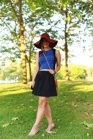 brick red H&M hat - brown leather bag Rebecca Minkoff bag