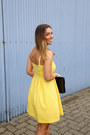 Light-yellow-sundress-loft-dress-navy-clutch-vintage-bag