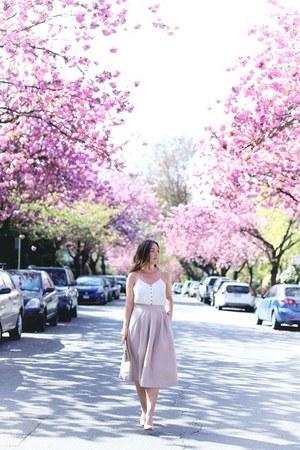 light pink midi Aritzia skirt - white camisole Express top