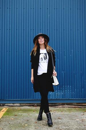 black menswear Oak and Fort coat - black skinny jeans Hudson jeans