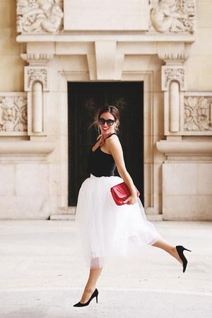 white tulle Beautulleful skirt - black silk Joe Fresh top