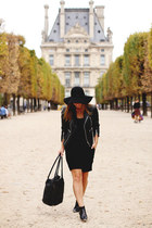 black ankle boots Jonak Paris boots - black leather jacket Walter Baker jacket