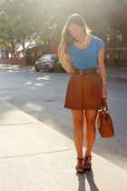 bronze Club Monaco skirt - blue Gap shirt