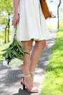 Tawny-tote-massimo-dutti-bag-nude-strappy-jcrew-heels