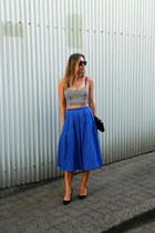 blue midi 424 Fifth skirt - black clutch BCBG bag - black pumps JCrew heels