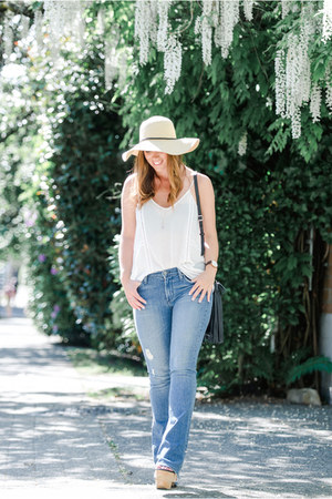 sky blue flare James Jeans jeans - white camisole Gentle Fawn top