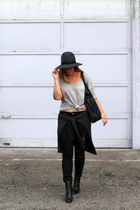 black skinny jeans James Jeans jeans - gray wool French Connection hat