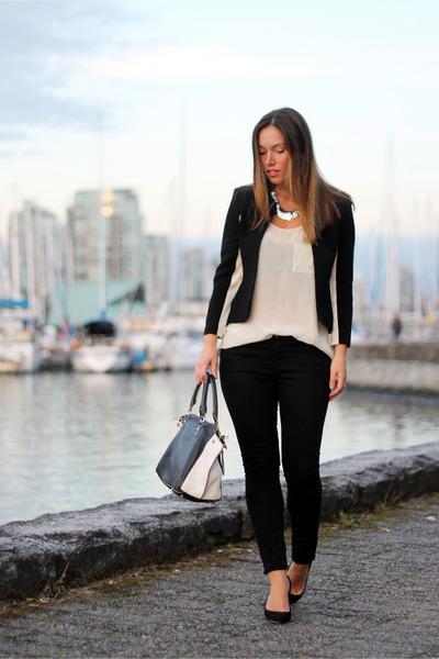 black skinnies Forever 21 jeans - black Aritzia jacket - off white ROOTS bag