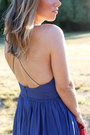 Blue-apron-aritzia-dress-red-clutch-mary-nichols-bag