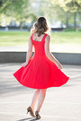Red-feminine-obakki-dress-tawny-leopard-print-sole-society-heels