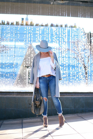 heather gray wool Aritzia coat - blue skinny jeans Mavi jeans