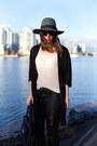 Black-skinny-jeans-james-jeans-jeans-teal-fedora-brixton-hat