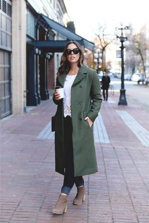 dark green wool Simons coat - tan leopard print Nine West bag
