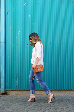 white blouse H&M shirt - blue boyfriend jeans abercrombie and fitch jeans