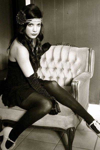 black vintage dress - black le chateau gloves - black le chateau tights - beige
