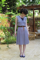 Secondhand dress - Secondhand belt - cala shoes