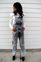 black Gasoline jeans - beige Jessica McClintock Gunne Sax blouse - black Victori