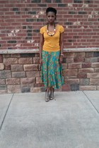 green thrifted vintage skirt - mustard H&M shirt - gray Jessica Simpson heels