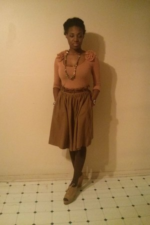 burnt orange Forever 21 skirt - tawny H&M shirt - camel Forever 21 wedges
