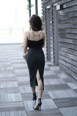 black fewmoda top - silver Bottega Veneta bag - black fewmoda skirt