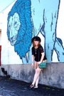 Brown-vans-shoes-black-spanish-trails-modcloth-hat-aquamarine-modcloth-purse