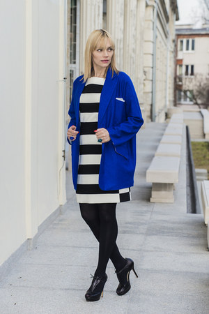 blue Yoshe coat