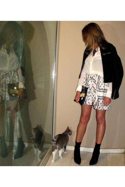 Black Casadei Boots, Ivory Zara Shirts, Black Prada Bags, Zara ...