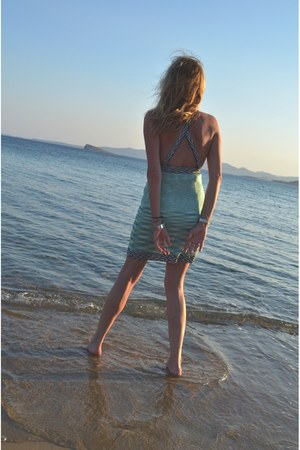 aquamarine kni Missoni dress