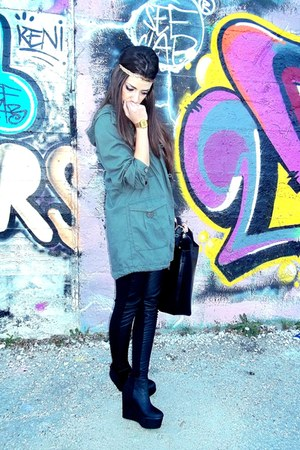 black H&M wedges - olive green parka H&M jacket - black Calzedonia leggings