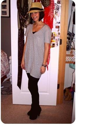 black Heartbreaker tights - black wild diva shoes - gray Victorias Secret shirt
