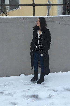 black coat - black boots - white H&M shirt - blue H&M pants