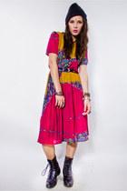 Pleated-vintage-dress