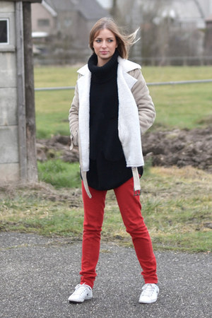 Converse shoes - H&M coat - Bershka jeans - mbym sweater