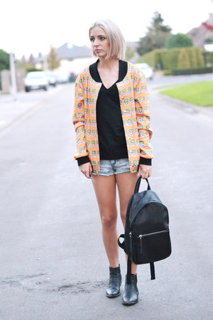 h&m divided boots - Mr Gugu Miss go jacket - Mango bag - Primark shorts