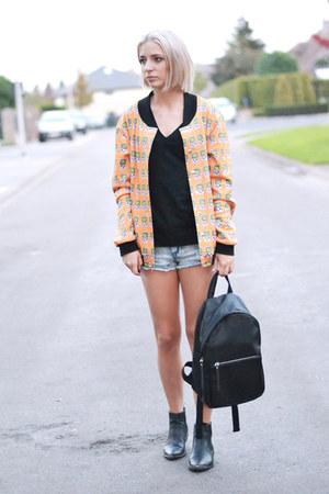 h&m divided boots - Mr Gugu Miss go jacket - Mango bag - Primark shorts
