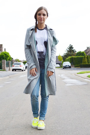 asos coat - Zara jeans - Mr Gugu t-shirt - Vans sneakers