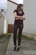 H&M t-shirt - leather like H&M pants