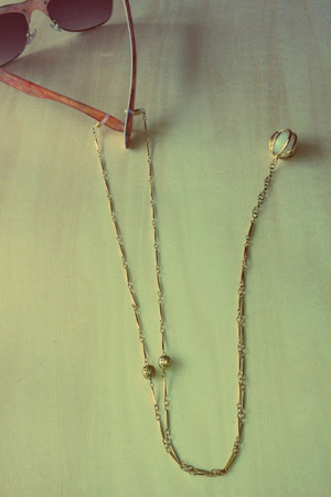 spectacle chain Twigsie Twigs accessories