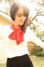Black-dolce-vita-flats-ivory-vintage-sweater-hot-pink-vintage-scarf