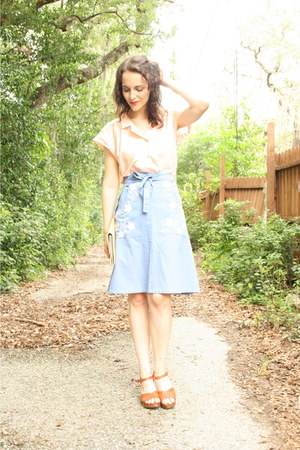 tan straw clutch thrifted purse - sky blue Twitch Vintage skirt