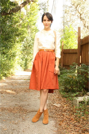 burnt orange knee length thrifted skirt - camel asos boots