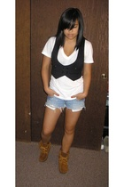 H&M vest - American Apparel t-shirt - hollister shorts - Minnetonka shoes