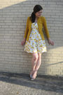 Yellow-target-cardigan-yellow-ross-dress-gold-boutique-9-shoes