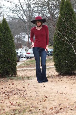 crimson wide brim hat - blue flared Express jeans - crimson sweater