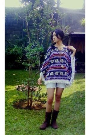 suede Azuka boots - denim shorts Mango shorts - wool Blossom top