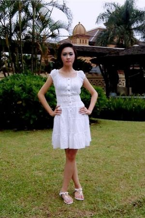 white H&M dress - Charles & Keith shoes