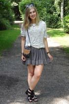 black daisy brandy melville dress - silver brandy melville sweater