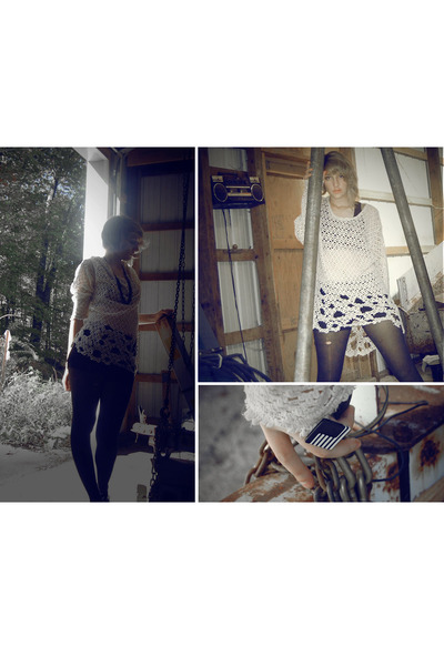 white ring - off white shirt - black tights - black necklace